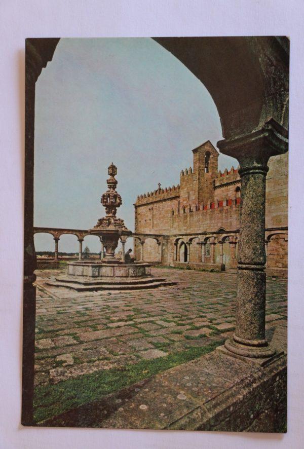 Igreja (séc. XIV) e Fonte (séc. XVIII) do Mosteiro de Santa Clara - postal
