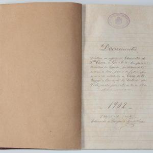 Documentos relativos ao supprimido Convento de Santa Clara - livro manuscrito